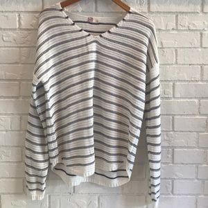 🔴3/$25 NWOT SO KNIT SWEATER LARGE
